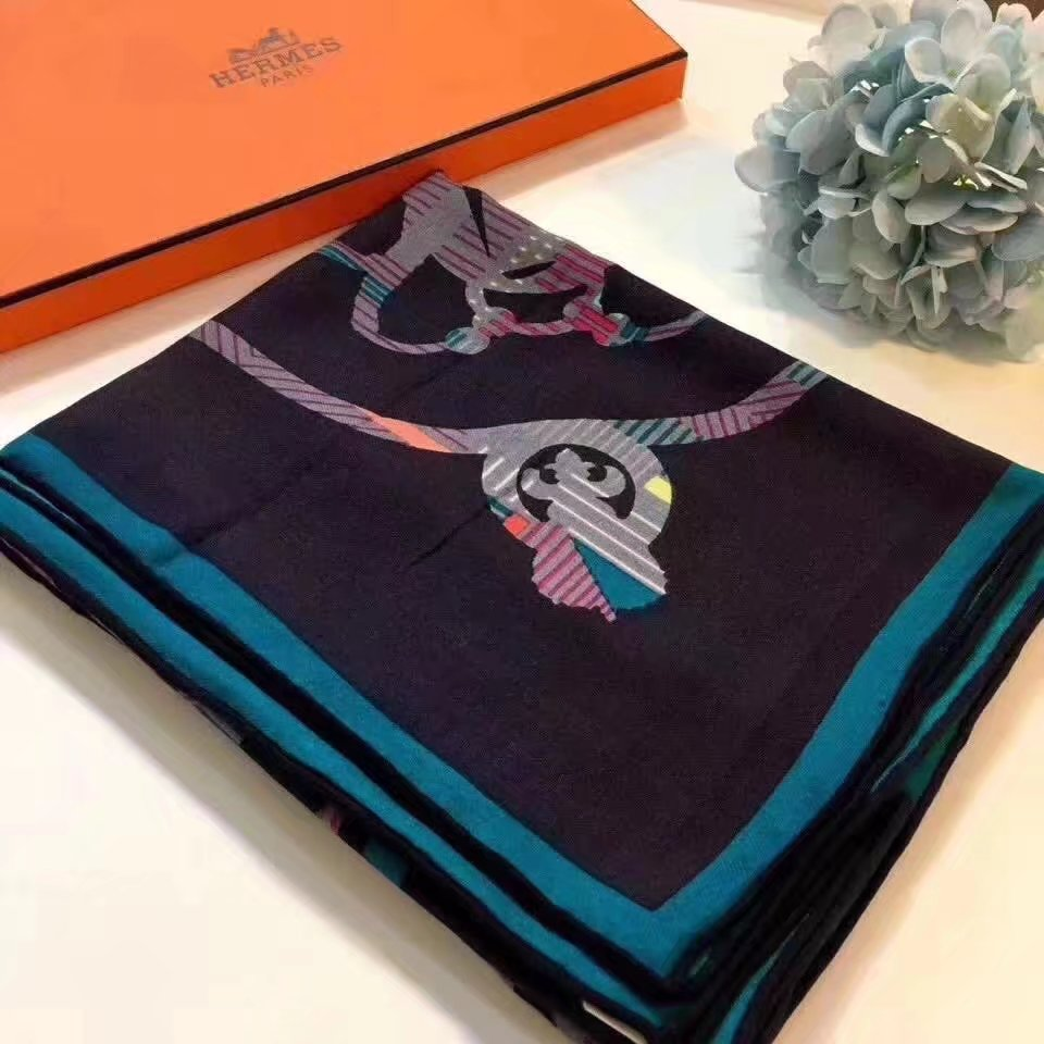 Hermes Cashmere scarf H9212