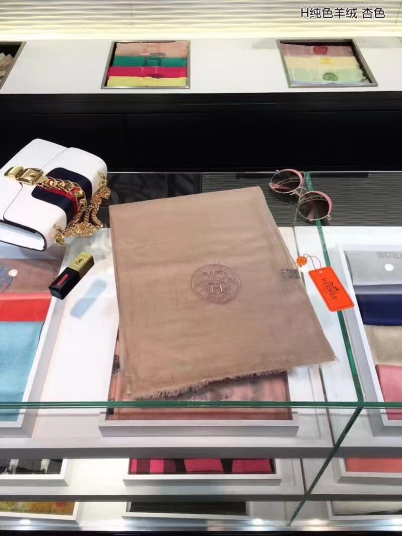 Hermes Cashmere scarf H919668