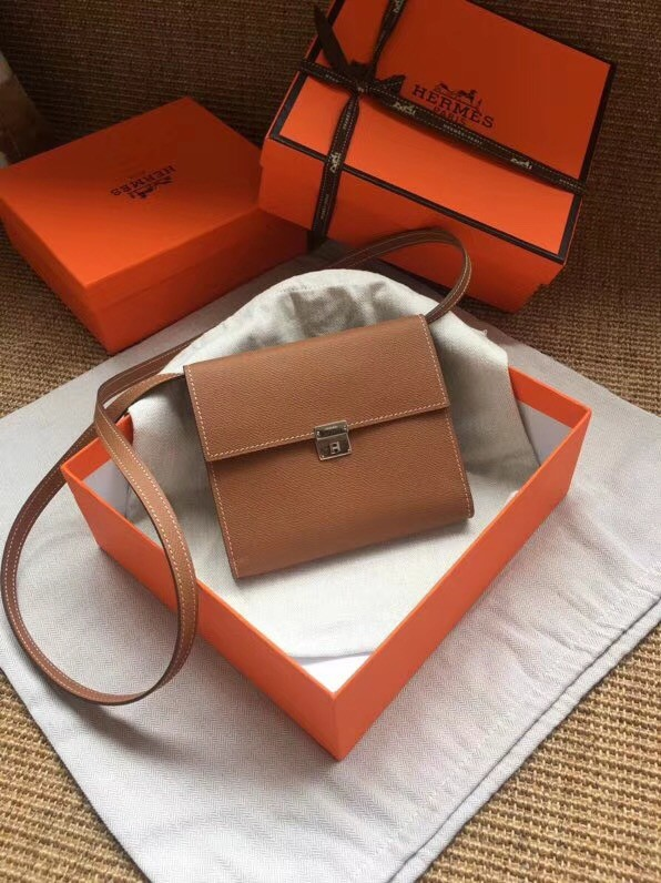 Hermes Clutch Epsom calfskin H0589 brown