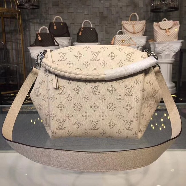 Louis Vuitton original Mahina Leather BABYLONE CHAIN BB M51767 cream