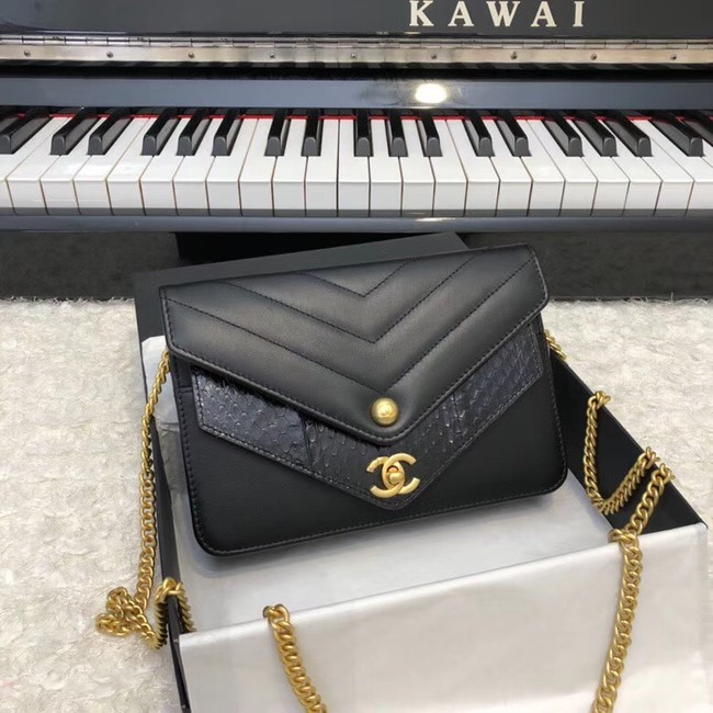 Chanel Original Lambskin & Gold-Tone Metal D33814 black