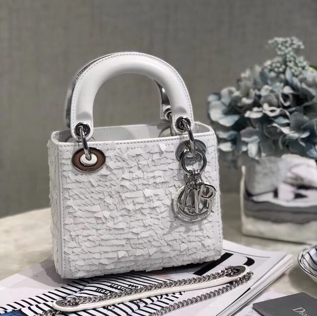 Mini Lady Dior M0505OSN white