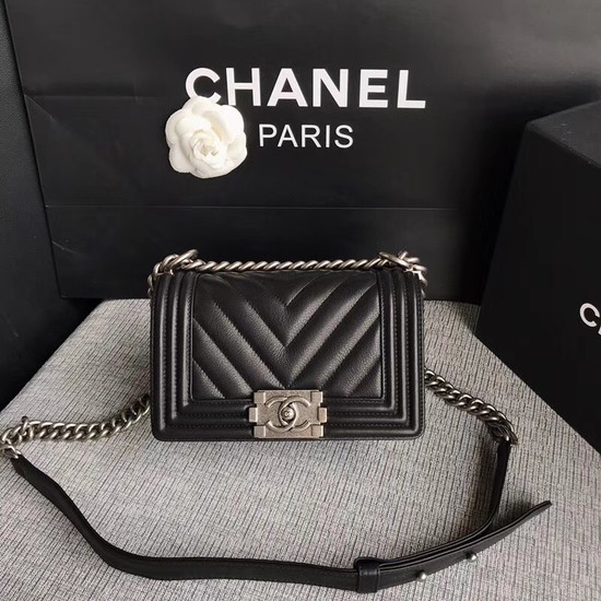 Chanel Le Boy Flap Shoulder Bag Original Calf leather A67085 black silver Buckle
