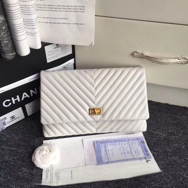 Chanel classic clutch Calfskin  & Gold-Tone Metal 35629 white