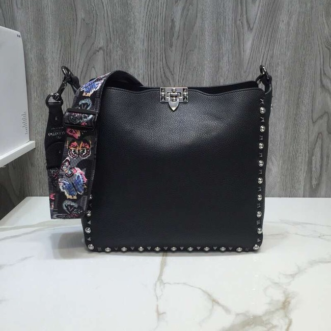 VALENTINO Rockstud grained leather messenger 50031 black