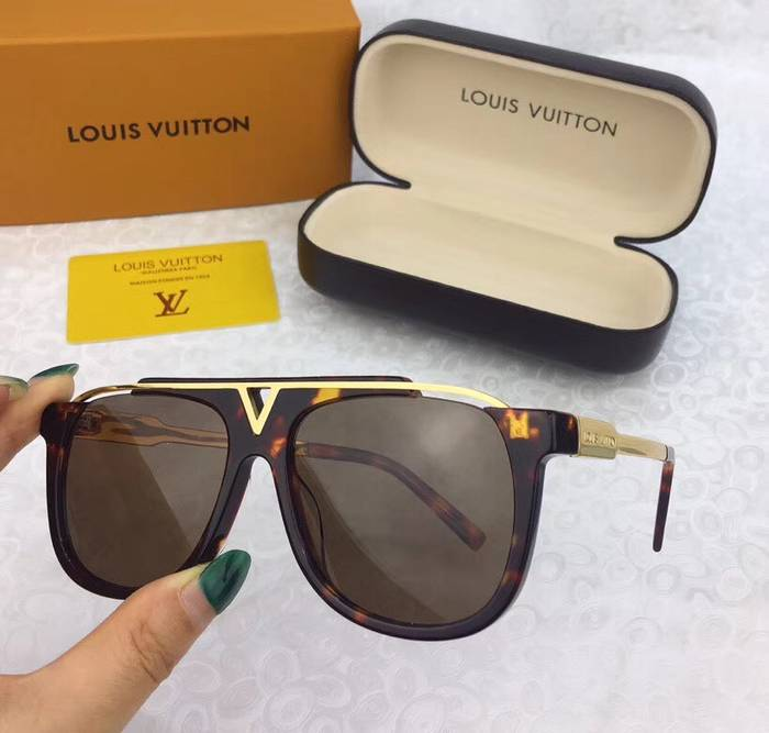 Louis Vuitton Sunglasses Top Quality LV41724