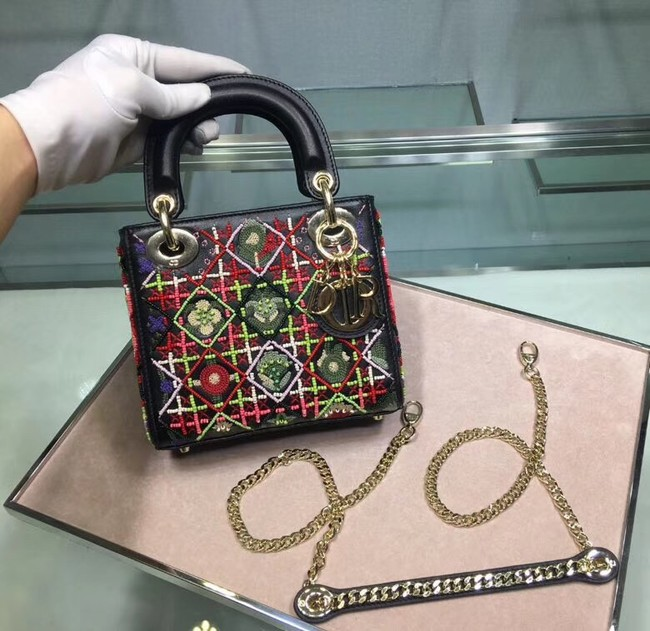 MINI LADY DIOR EMBROIDERED BAG M0598CRMH-3