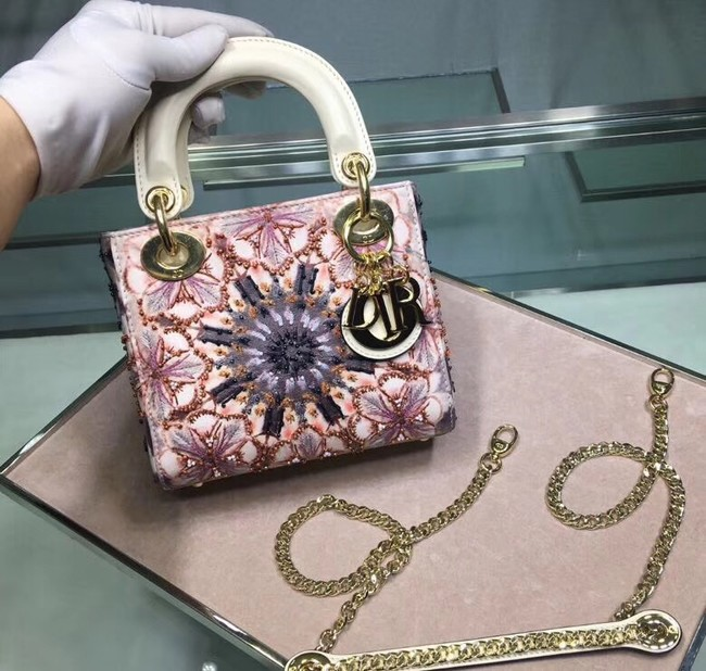 MINI LADY DIOR EMBROIDERED BAG M0598CRMH-4