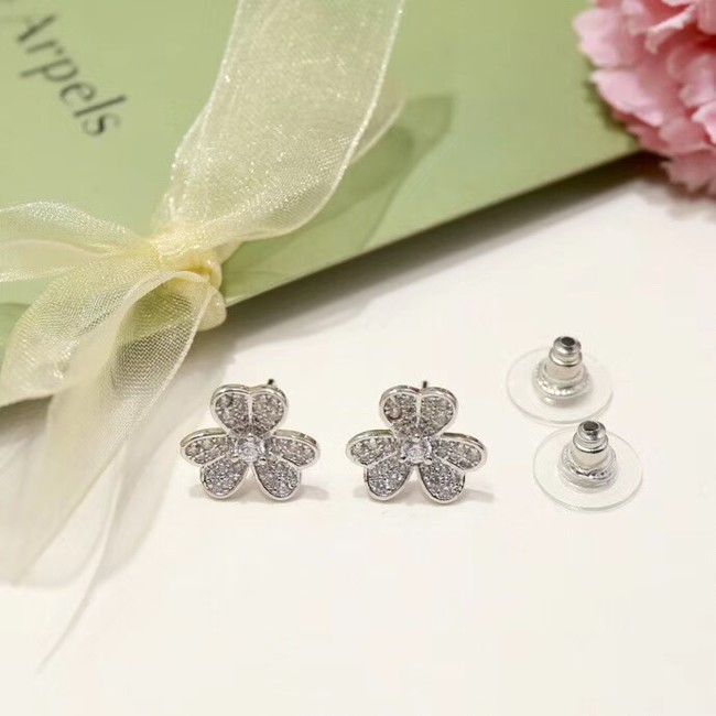 Van Cleef & Arpels Earrings CE4087