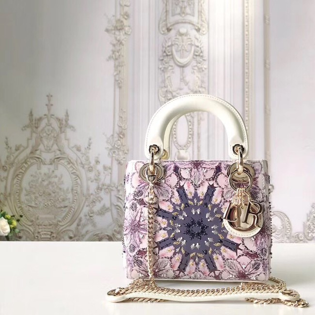 LADY DIOR embroidered cattle leather M0505