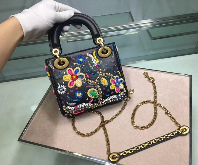 LADY DIOR embroidered cattle leather M05053