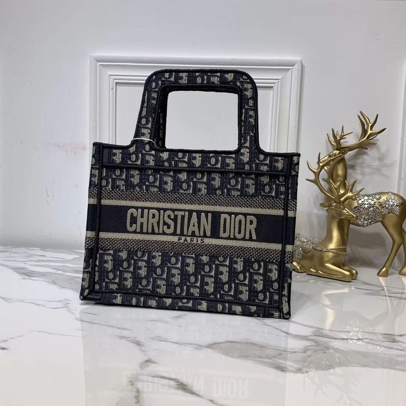DIOR TOTE BAG IN EMBROIDERED CANVAS C0195 Black