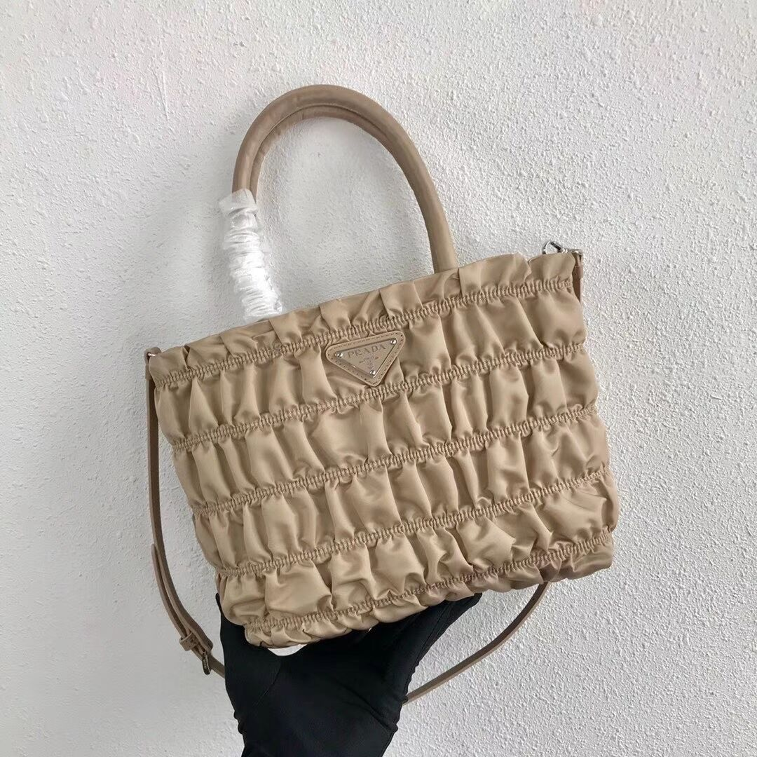 Prada Re-Edition nylon Tote bag 1BG321 apricot