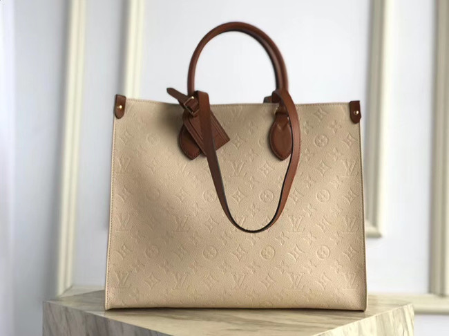 Louis Vuitton ONTHEGO M44578 Cream