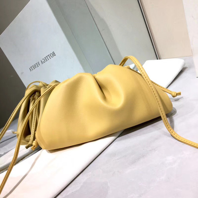 Bottega Veneta Nappa lambskin soft Shoulder Bag  98057 light yellow