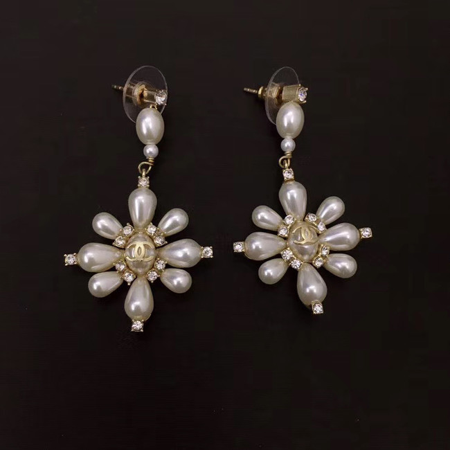 Chanel Earrings CE5106