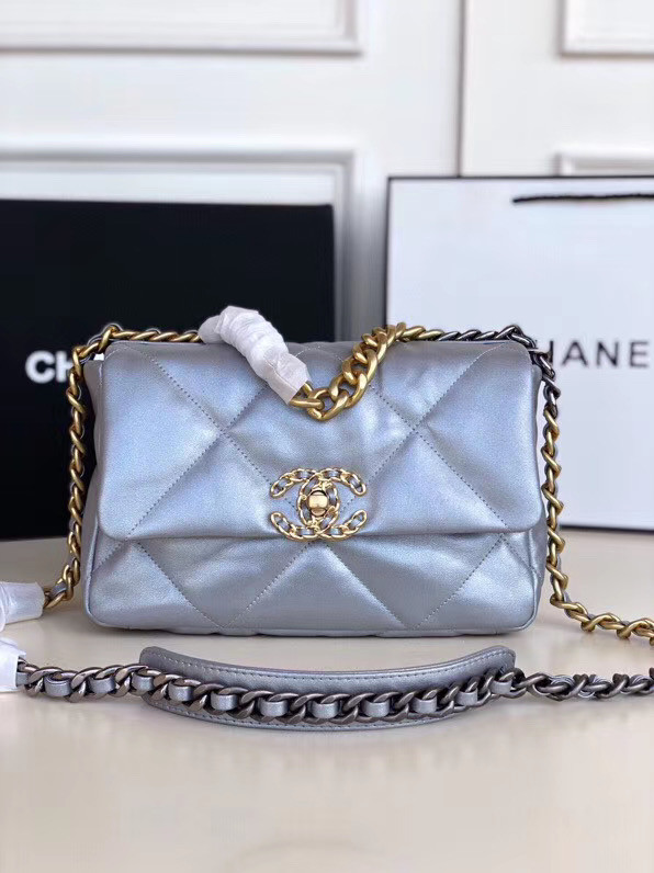 Chanel 19 flap bag AS1160 silver