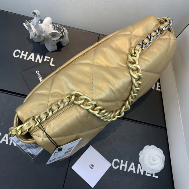 Chanel 19 flap bag AS1161 gold