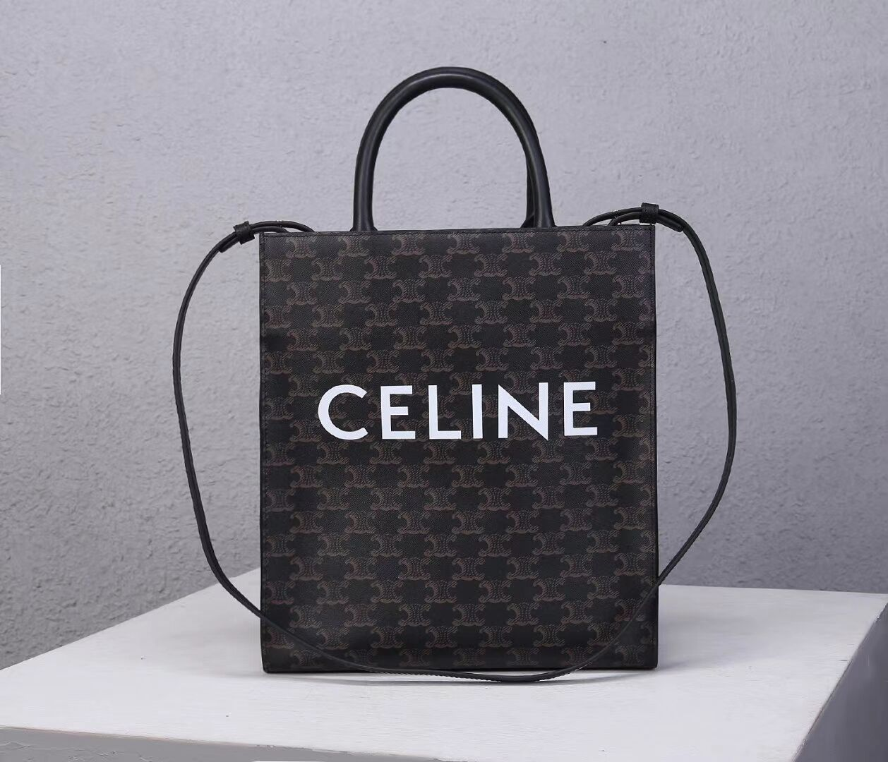 Celine TEEN TRIOMPHE BAG IN TRIOMPHE CANVAS AND CALFSKIN CL91542 BLACK