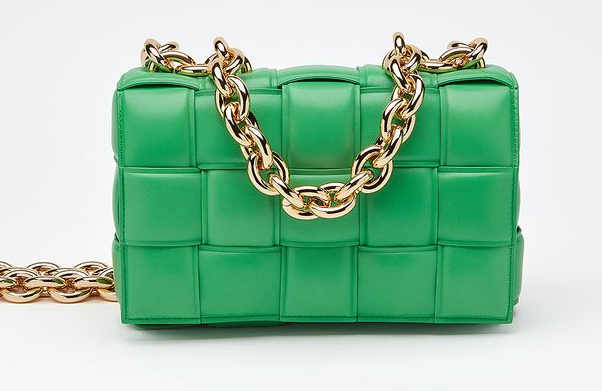 Bottega Veneta THE CHAIN CASSETTE Expedited Delivery 631421 green