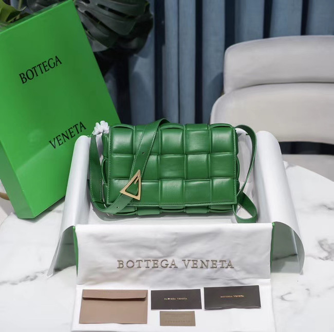 Bottega Veneta PADDED CASSETTE BAG 591970 green